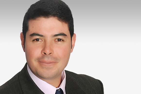 Dr. José María Corella